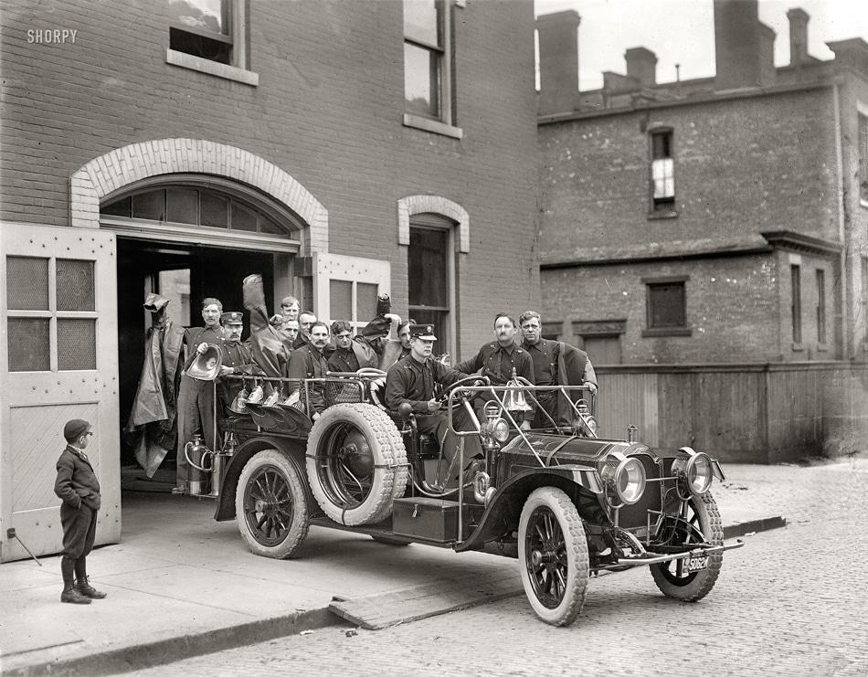 ---La vida en el siglo pasado--- Brigada_bomberos