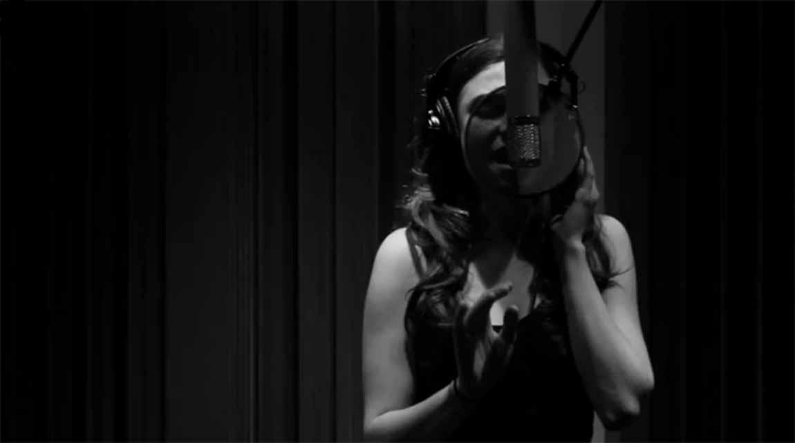 Celloboxing por Antoniette Costa